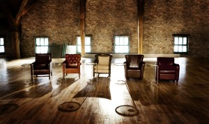 Dragons-Den-Empty-Chairs-3
